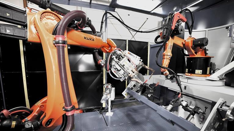 KR 6-2型焊接机器人灵活性展示