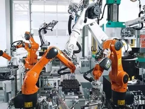 库卡机器人锻造应用 (373锟斤拷锟斤拷)
