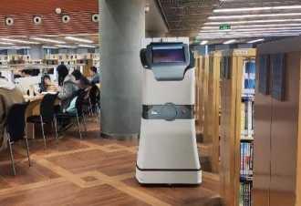 """能检测机器人助力成都动车组,列车""""体检""""时间节约一半"""