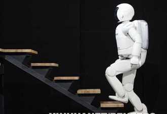 """机器人做麻辣烫?""""新基建""""能否带来生活新时尚?"""